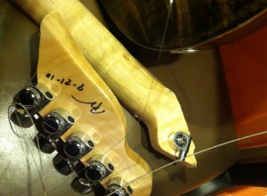 Broken headstock